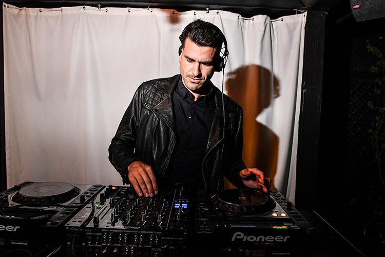 DJ Alex Viau